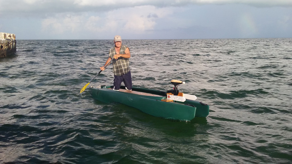 electric-stand-up-fishing-kayak-key-largo-1024-2